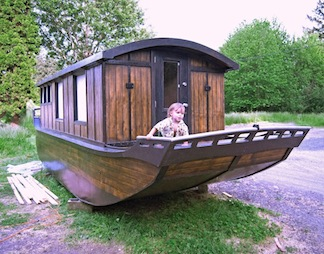 off-the-grid boathouse