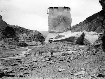 St. Francis Dam in 1928